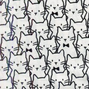 Cat Cluster – White 21170104-1